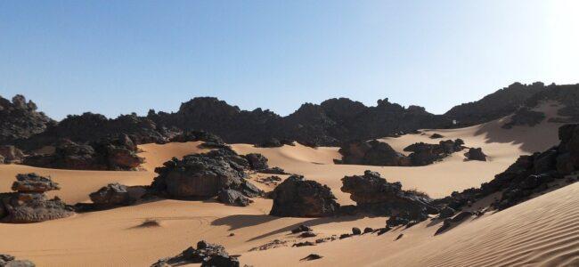 """Des châteaux des """"cités perdues"""" révélés dans le désert libyque"""